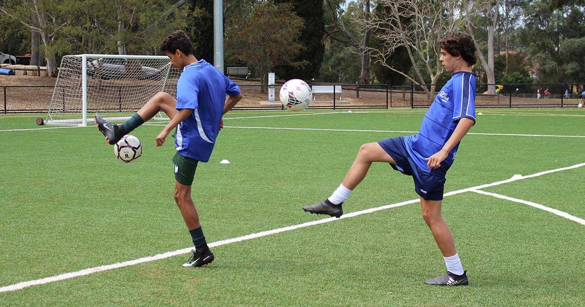https://justfootballacademy.com.au/wp-content/uploads/2018/09/Juggling-Act.jpg